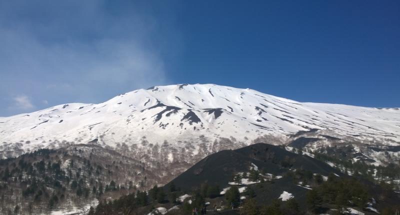 L'Etna visto dai Monti Sartorius