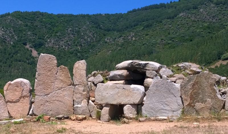 Tomba dei giganti di Osono. 5