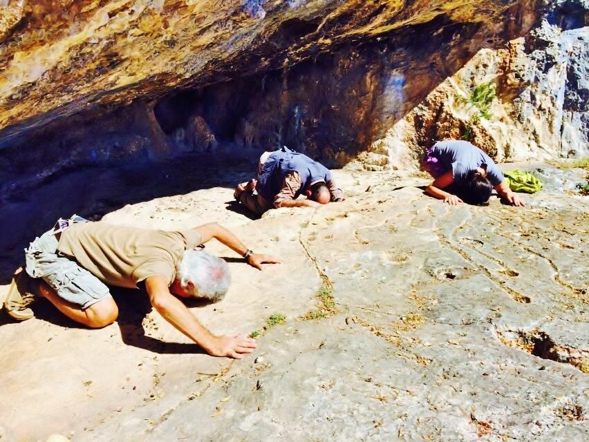 Max, Corinna e Momi alla grotta Is Janas (Baunei)